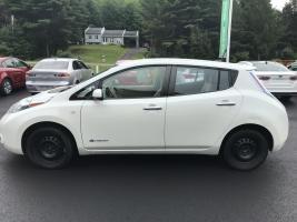 Nissan Leaf 2011 SV Recharge 110v, 220v et  chademo 400v  $ 5939