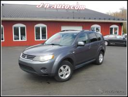 Mitsubishi Outlander  2009 SE 4WD, 7 passagers $ 10935